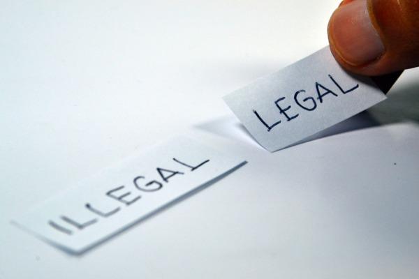 Foulard islamique: protection de l'image de l'entreprise et licenciement