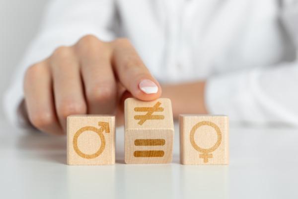Représentation obligatoire du sexe minoritaire aux élections : la Cour de cassation rejette une QPC