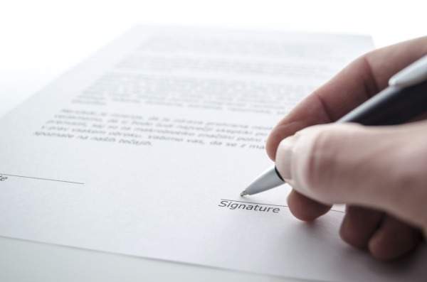 CDD de remplacement : attention à la mention relative à la qualification de la personne remplacée